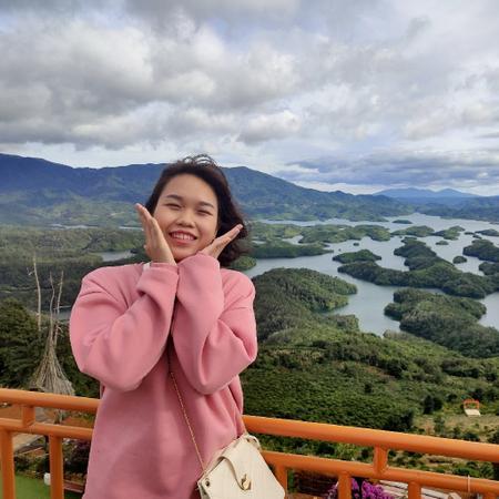 Amber Hạnh Nguyễn