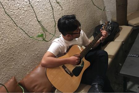 Làm quen với Guitar qua những bài hát hit